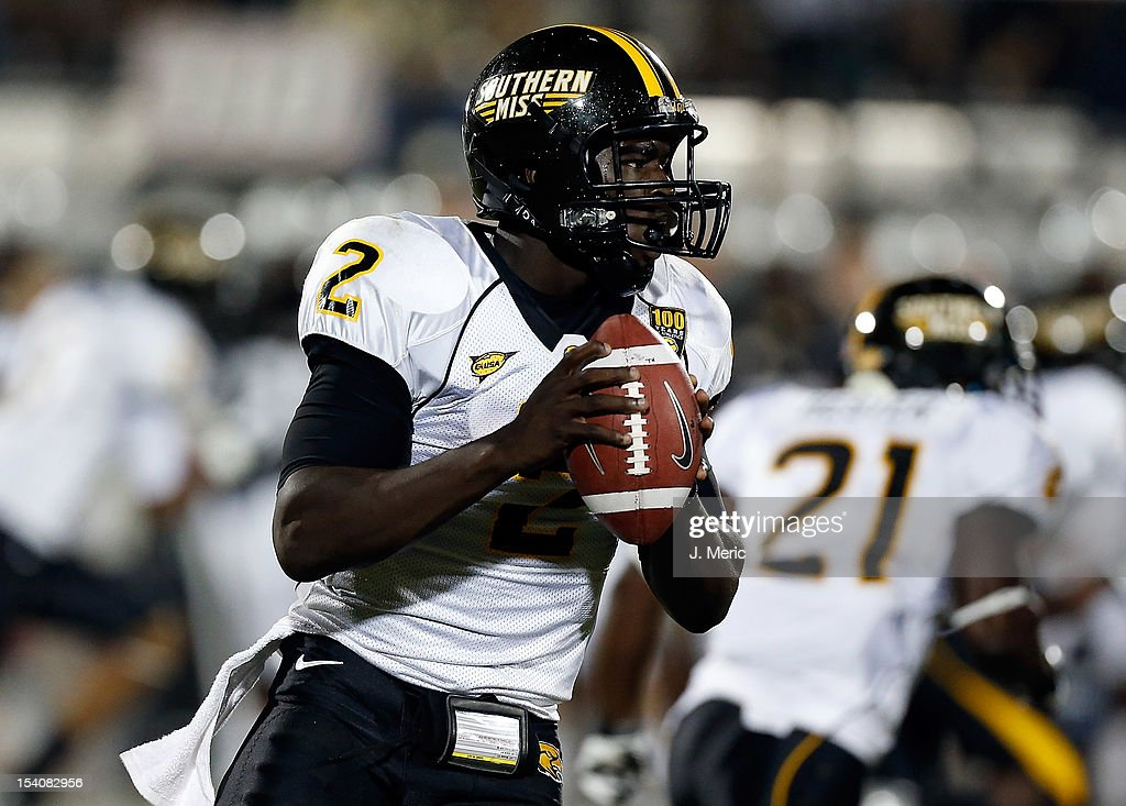 Quarterback Anthony Alford #2 of the Southern Mississippi Golden Eagles scrambles against the Central Florida Knights during the game at Bright House Networks Stadium on October 13, 2012 in Orlando, Florida.