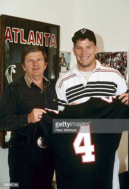 Quarterback Brett Favre and head coach Jerry Glanville of the Atlanta Falcons