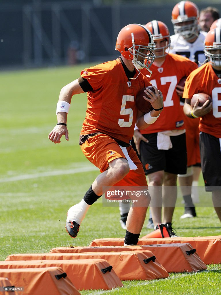Quarterback Brett Ratliff #5 of the Cleveland Browns performs an agility drill during the team's organized team activity (OTA) on May 27, 2010 at the Cleveland Browns practice facility in Berea, Ohio.