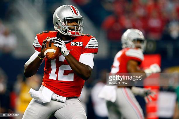 Quarterback Cardale Jones of the Ohio State Buckeyes looks to throw the ball in the first quarter against the Oregon Ducks during the College...