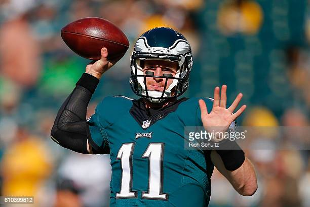 Quarterback Carson Wentz of the Philadelphia Eagles looks to pass during warmups before playing against the Pittsburgh Steelers at Lincoln Financial...