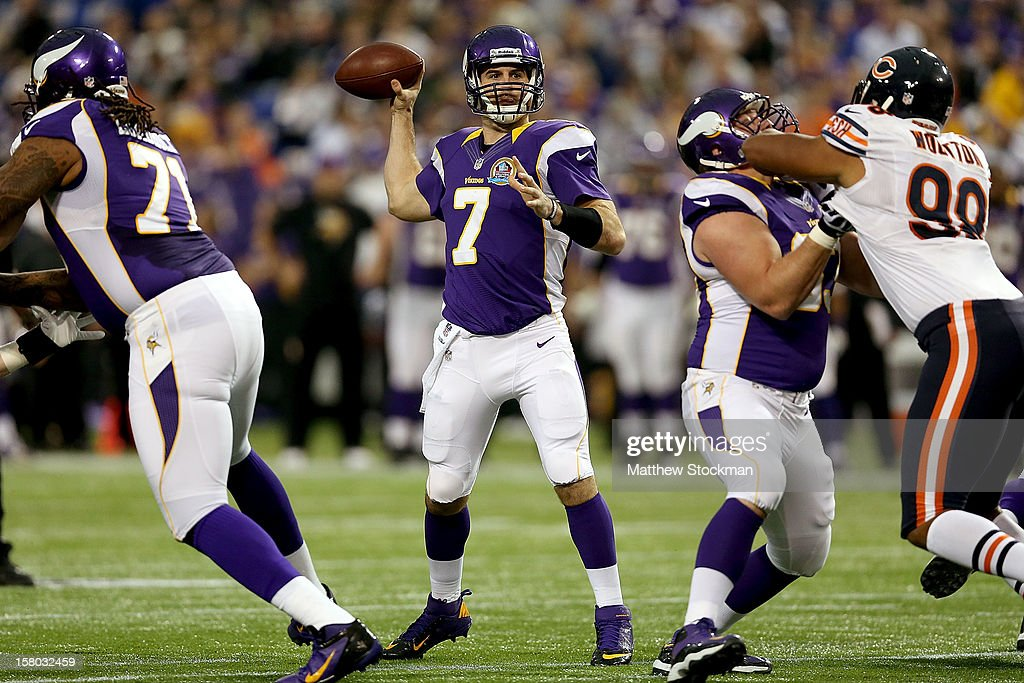 Quarterback <a gi-track='captionPersonalityLinkClicked' href=/galleries/search?phrase=Christian+Ponder&family=editorial&specificpeople=4505733 ng-click='$event.stopPropagation()'>Christian Ponder</a> #7 of the Minnesota Vikings throws against the Chicago Bears at Mall of America Field on December 9, 2012 in Minneapolis, Minnesota.