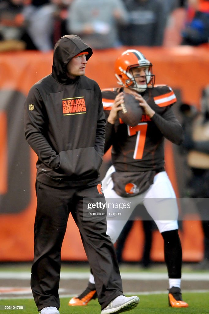 Quarterback <a gi-track='captionPersonalityLinkClicked' href=/galleries/search?phrase=Connor+Shaw+-+American+Football+Player&family=editorial&specificpeople=9849665 ng-click='$event.stopPropagation()'>Connor Shaw</a> #9 of the Cleveland Browns stands on the field prior to a game against the Pittsburgh Steelers on January 3, 2016 at FirstEnergy Stadium in Cleveland, Ohio. Pittsburgh won 28-12.