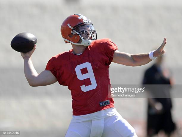 Quarterback Connor Shaw of the Cleveland Browns throws a pass during a training camp practice on August 1 2015 at the Cleveland Browns training...