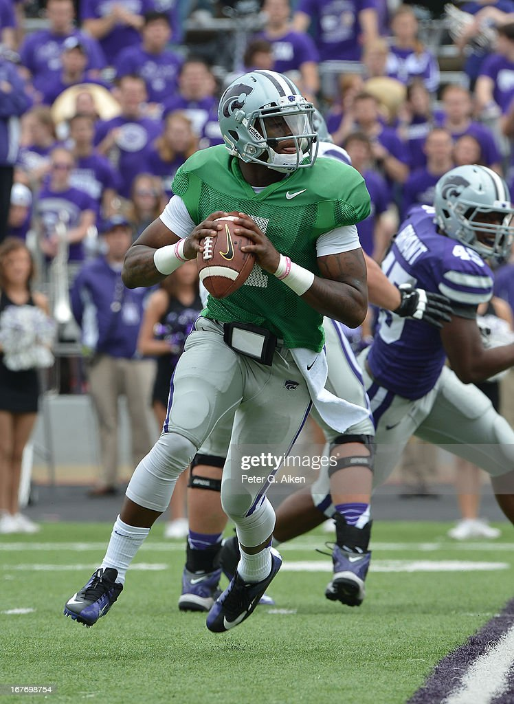 Quarterback Daniel Sams #4 of the Kansas State Wildcats rushes to the outside during the Purple and White Spring Game on April 27, 2013 at Bill Snyder Family Stadium in Manhattan, Kansas.