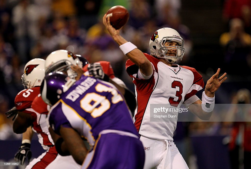 Quarterback Derek Anderson #3 of the Arizona Cardinals throws a pass against the Minnesota Vikings at Hubert H. Humphrey Metrodome on November 7, 2010 in Minneapolis, Minnesota.