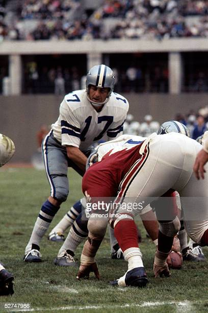 Quarterback Don Meredith of the Dallas Cowboys barks out the signals as he tries to complete a scoring drive during a game on October 6 1968 against...