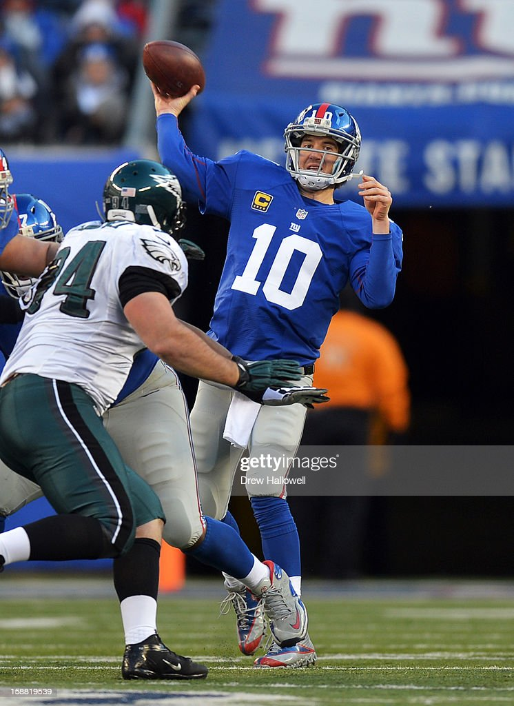 Quarterback Eli Manning #10 of the New York Giants passes during the game against the Philadelphia Eagles at MetLife Stadium on December 30, 2012 in East Rutherford, New Jersey. The Giants won 42-7.