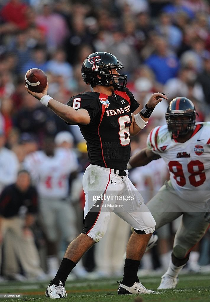 Quarterback Graham Harrell of the Texas Tech Red Raiders during play against the Mississippi Rebels during the ATT Cotton Bowl on January 2 2009 at...