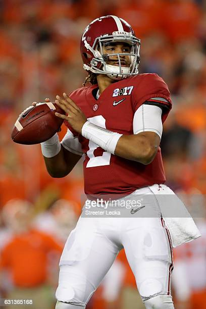 Quarterback Jalen Hurts of the Alabama Crimson Tide looks to pass the ball during the second half against the Clemson Tigers in the 2017 College...