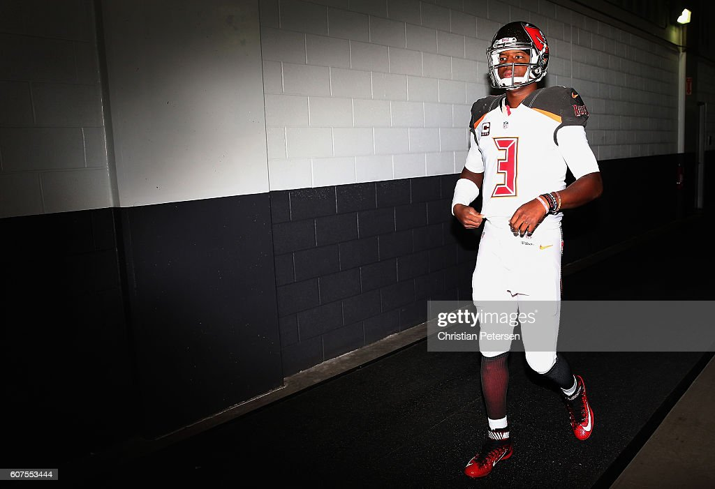Quarterback Jameis Winston #3 of the Tampa Bay Buccaneers walks out onto the field before the NFL game against the Arizona Cardinals at the University of Phoenix Stadium on September 18, 2016 in Glendale, Arizona.