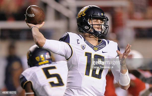 Quarterback Jared Goff of the California Golden Bears passes the ball during the game between the Golden Bears and the Utah Utes at RiceEccles...