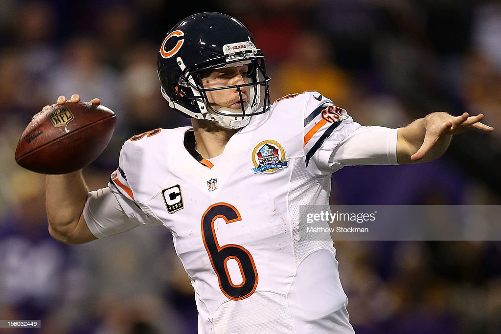 Quarterback <a gi-track='captionPersonalityLinkClicked' href=/galleries/search?phrase=Jay+Cutler&family=editorial&specificpeople=622249 ng-click='$event.stopPropagation()'>Jay Cutler</a>#6 of the Chicago Bears throws against the Minnesota Vikings at Mall of America Field on December 9, 2012 in Minneapolis, Minnesota.