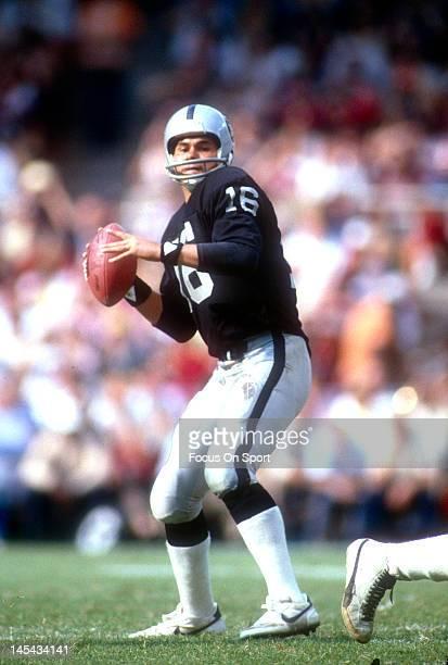 Oakland Raiders Quarterbacks 1990s