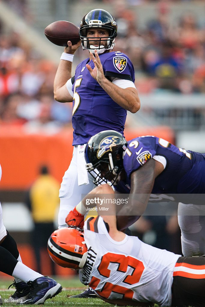 Quarterback Joe Flacco #5 of the Baltimore Ravens passes during the first half against the Cleveland Browns at FirstEnergy Stadium on September 18, 2016 in Cleveland, Ohio.