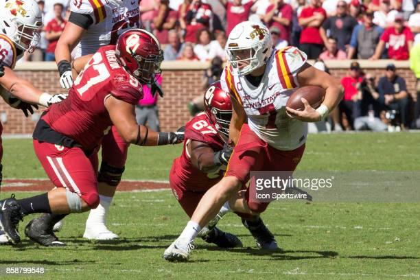 Quarterback Joel Lanning of the Iowa State Cyclones runs the ball during the game between the Oklahoma Sooners and the Iowa State Cyclones on October...