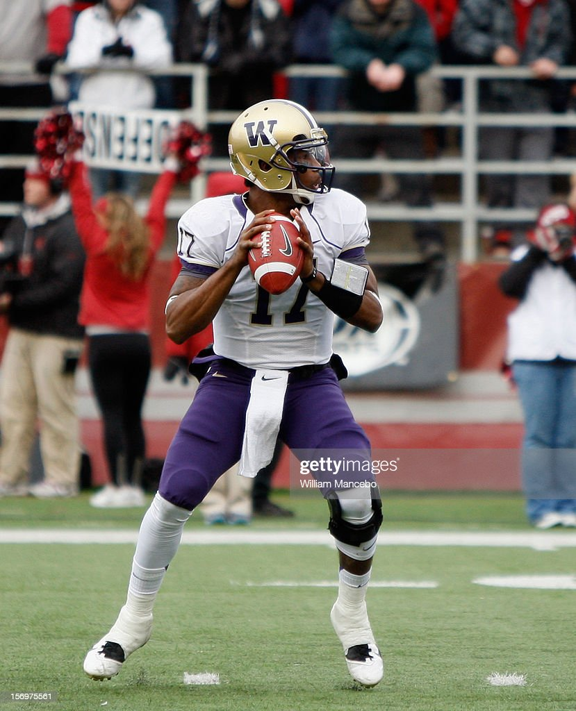 Quarterback Keith Price #17 of the Washington Huskies during the Apple Cup game against the Washington State Cougars at Martin Stadium on November 23, 2012 in Pullman, Washington.