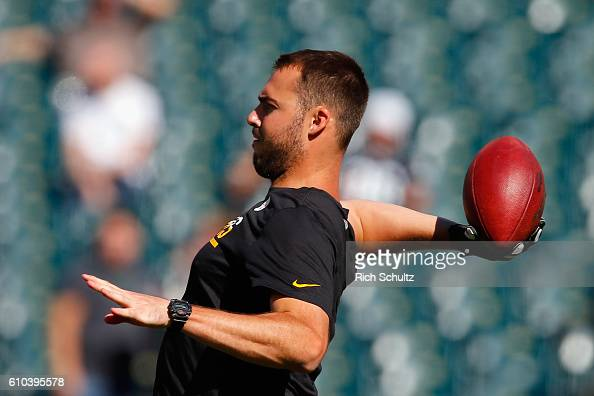 Quarterback Landry Jones of the Pittsburgh Steelers throws a pass during warm ups before playing against the Philadelphia Eagles at Lincoln Financial...