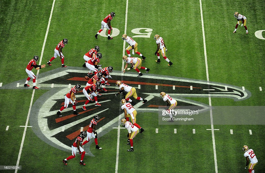 Quarterback Matt Ryan #2 of the Atlanta Falcons takes a snap against the San Francisco 49ers during the NFC Championship game at the Georgia Dome on January 20, 2013 in Atlanta, Georgia.