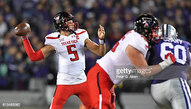 Quarterback Patrick Mahomes II of the Texas Tech Red Raiders passes the ball against the Kansas State Wildcats during the second half on October 8...