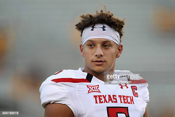 Quarterback Patrick Mahomes II of the Texas Tech Red Raiders warms up before the college football game against the Arizona State Sun Devils at Sun...