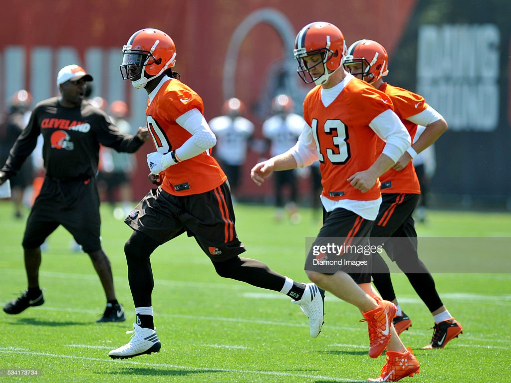 Quarterback <a gi-track='captionPersonalityLinkClicked' href=/galleries/search?phrase=Robert+Griffin&family=editorial&specificpeople=2495030 ng-click='$event.stopPropagation()'>Robert Griffin</a> III #10 of the Cleveland Browns runs downfield during an OTA practice on May 25, 2016 at the Cleveland Browns training facility in Berea, Ohio.