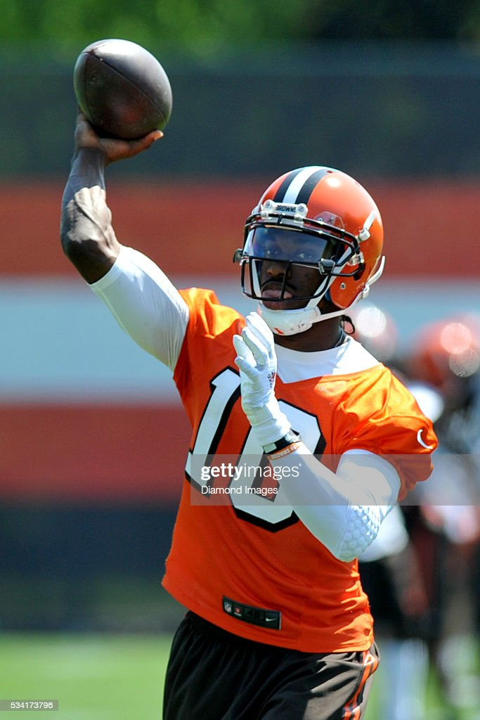 Quarterback <a gi-track='captionPersonalityLinkClicked' href=/galleries/search?phrase=Robert+Griffin&family=editorial&specificpeople=2495030 ng-click='$event.stopPropagation()'>Robert Griffin</a> III #10 of the Cleveland Browns throws a pass during an OTA practice on May 25, 2016 at the Cleveland Browns training facility in Berea, Ohio.