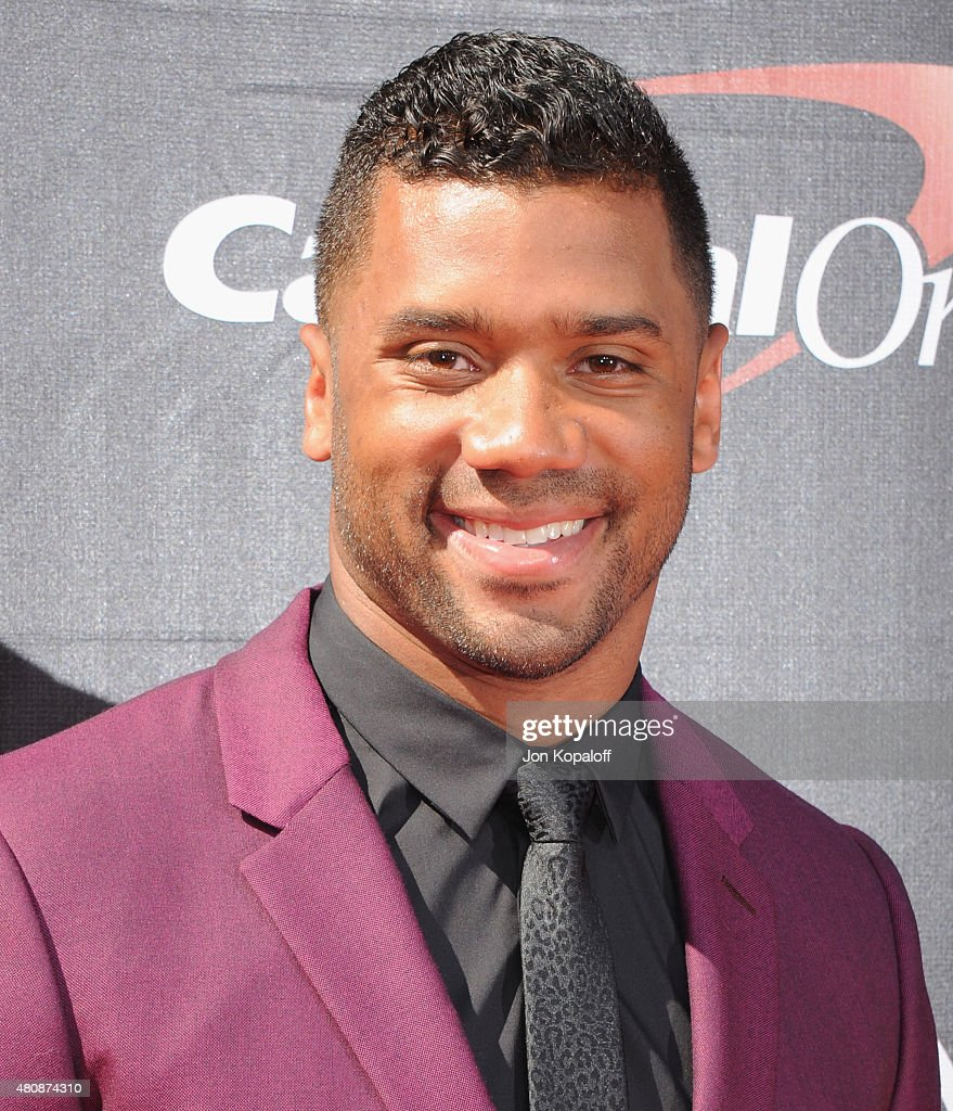 NFL quarterback <a gi-track='captionPersonalityLinkClicked' href=/galleries/search?phrase=Russell+Wilson+-+American+Football+Quarterback&family=editorial&specificpeople=2292912 ng-click='$event.stopPropagation()'>Russell Wilson</a> arrives at The 2015 ESPYS at Microsoft Theater on July 15, 2015 in Los Angeles, California.