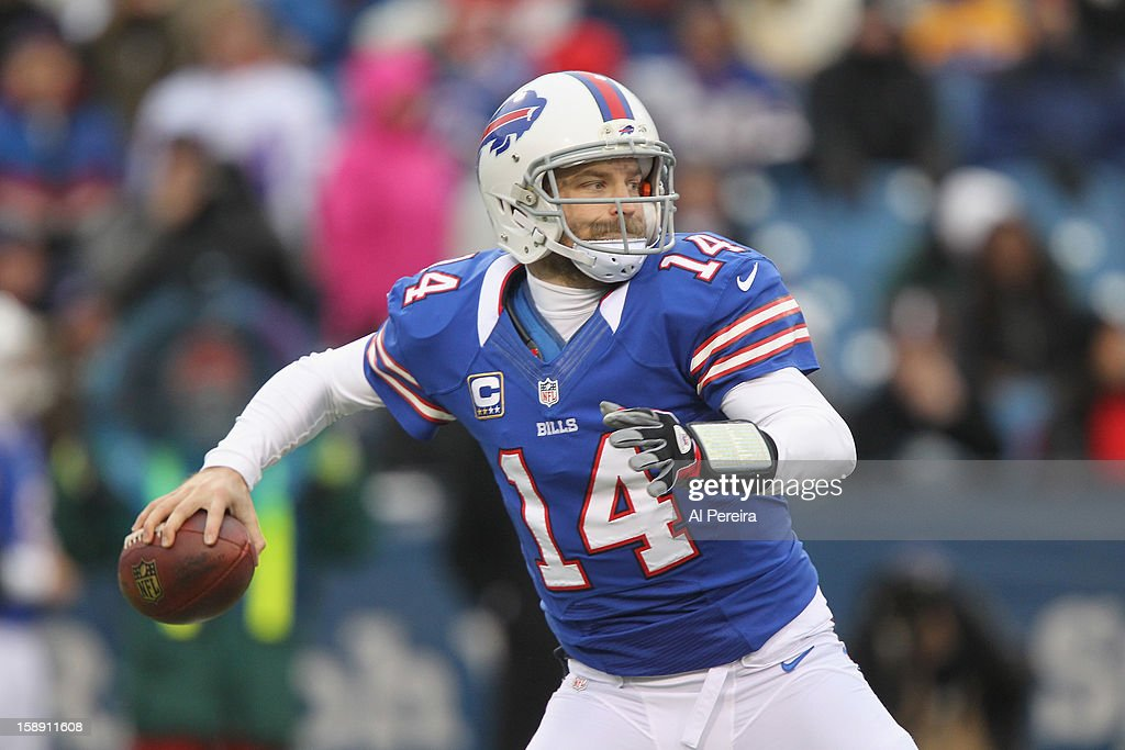 Quarterback Ryan Fitzpatrick #14 of the Buffalo Bills passes the ball against the New York Jets when the Buffalo Bills host the New York Jets at Ralph Wilson Stadium on December 30, 2012 in Orchard Park, New York.