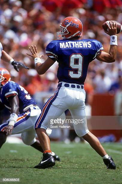 Quarterback Shane Matthews of the Florida Gators readies to throw during a game against the Kentucky Wildcats on September 12 1992 at Ben Hill...