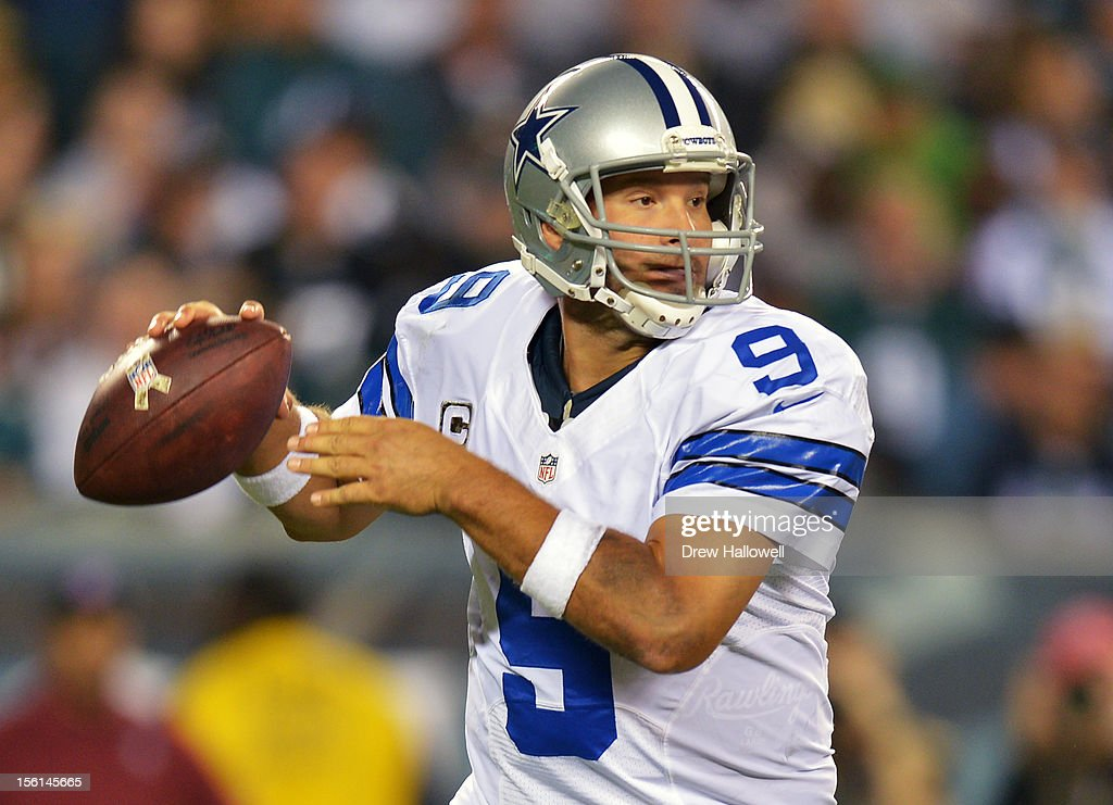 Quarterback <a gi-track='captionPersonalityLinkClicked' href=/galleries/search?phrase=Tony+Romo&family=editorial&specificpeople=756503 ng-click='$event.stopPropagation()'>Tony Romo</a> #9 of the Dallas Cowboys passes during the game against the Philadelphia Eagles at Lincoln Financial Field on November 11, 2012 in Philadelphia, Pennsylvania. The Cowboys won 38-23.