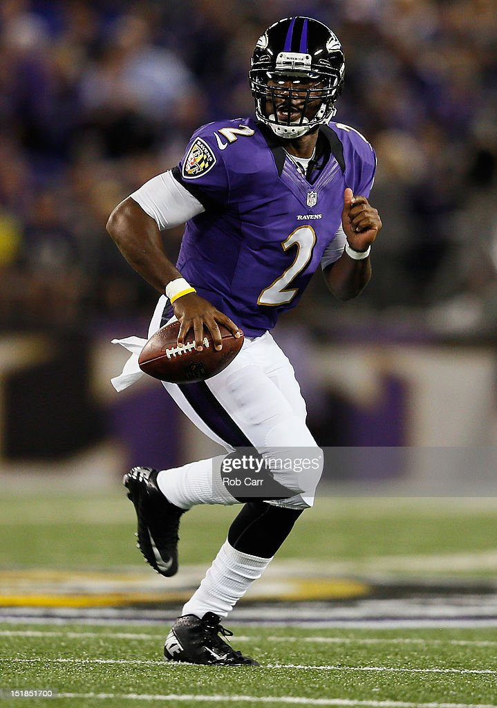 Quarterback Tyrod Taylor #2 of the Baltimore Ravens rolls out to pass against the Cincinnati Bengals at M&T Bank Stadium on September 10, 2012 in Baltimore, Maryland.