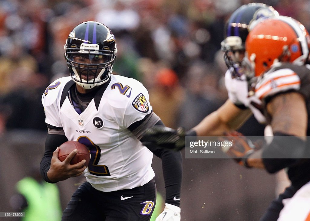 Quarterback Tyrod Taylor #2 of the Baltimore Ravens runs the ball against the Cleveland Browns at Cleveland Browns Stadium on November 4, 2012 in Cleveland, Ohio.