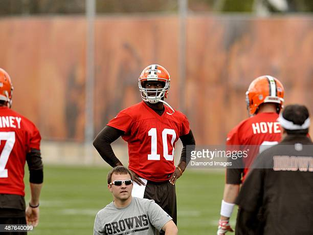 Quarterback Vince Young of the Cleveland Browns watches a drill during a mini camp practice at the Cleveland Browns training facility in Berea Ohio...