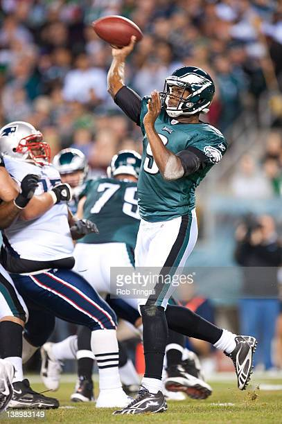 Quarterback Vince Young of the Philadelphia Eagles passes during the game against the New England Patriots at Lincoln Financial Field on November 27...