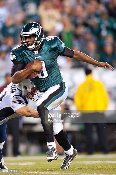 Quarterback Vince Young of the Philadelphia Eagles runs the ball during the game against the New England Patriots at Lincoln Financial Field on...