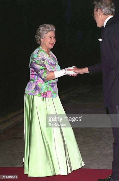 Queen Arrives At The Royal Opera House Covent Garden Just 300 Metres From Where The Last Ira Bomb Blew Up A London Bus She Attended A Performance Of...