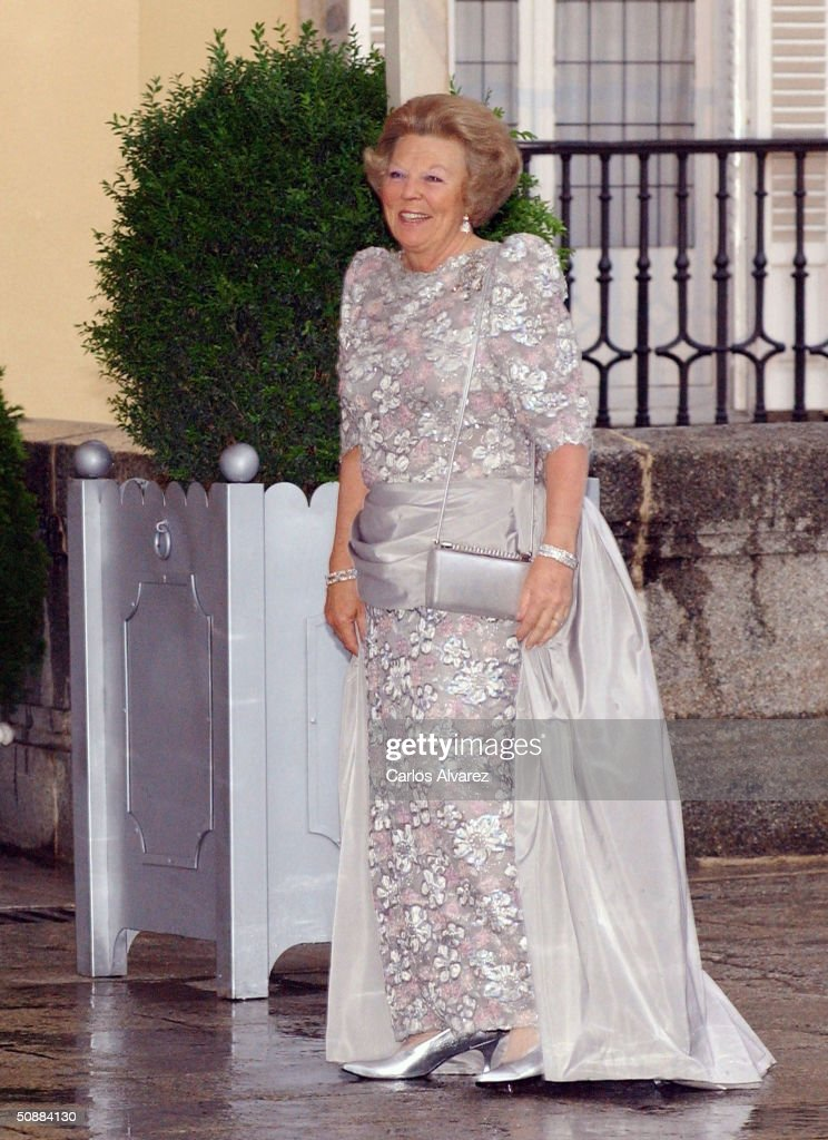 Queen <a gi-track='captionPersonalityLinkClicked' href=/galleries/search?phrase=Beatrix+of+the+Netherlands&family=editorial&specificpeople=92396 ng-click='$event.stopPropagation()'>Beatrix of the Netherlands</a> arrives to attend a gala dinner at El Pardo Royal Palace on May 21, 2004 in Madrid, Spain. Spanish Crown Prince Felipe de Bourbon and his fiance, former journalist Letizia Ortiz Rocasolano, are to wed in Madrid on May 22nd in the first royal marriage in Spain of a crown prince or a king in nearly a century.