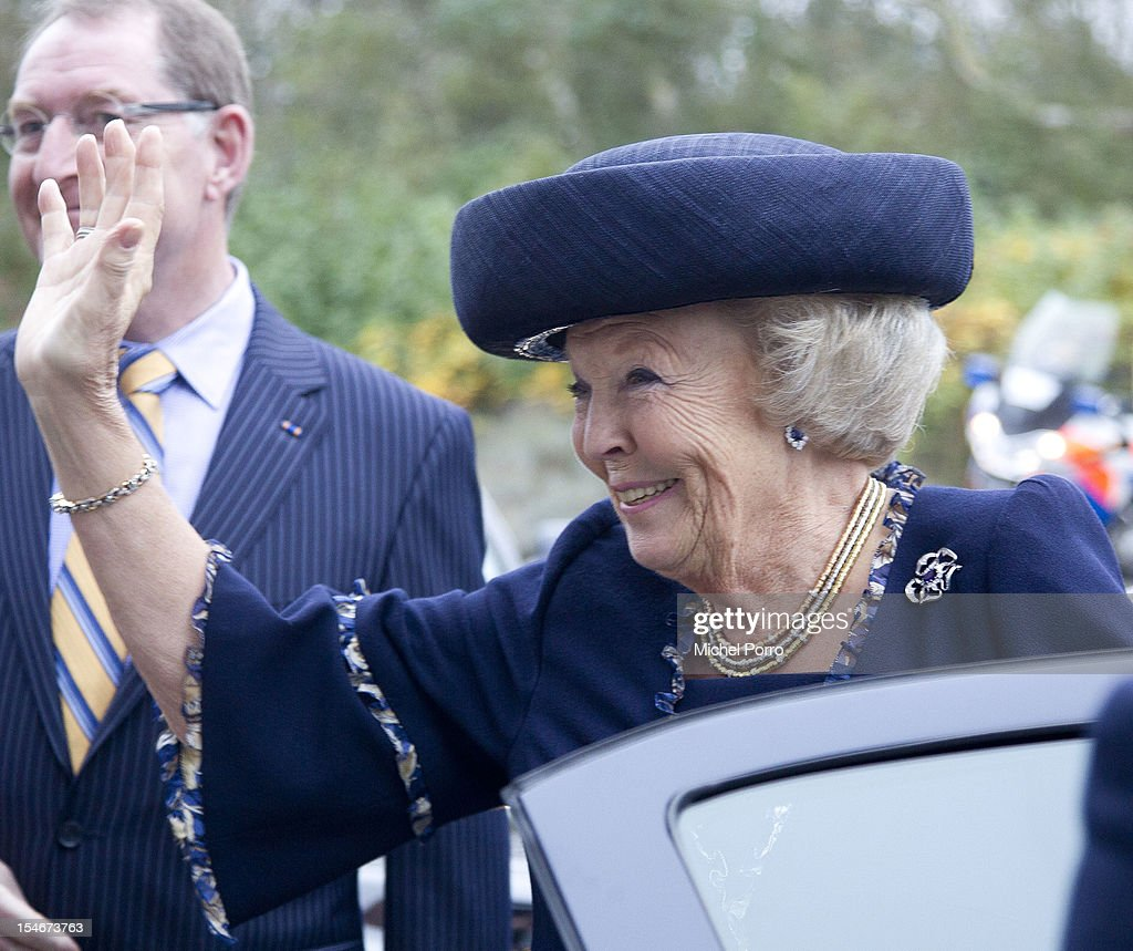 Queen <a gi-track='captionPersonalityLinkClicked' href=/galleries/search?phrase=Beatrix+of+the+Netherlands&family=editorial&specificpeople=92396 ng-click='$event.stopPropagation()'>Beatrix of the Netherlands</a> leaves after visiting The European Space Agency on October 24, 2012 in Noordwijk aan Zee, Netherlands.
