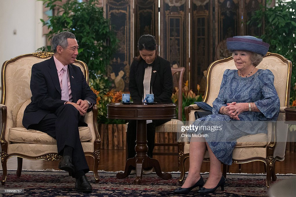 Queen Beatrix of the Netherlands (R) meets with Singapore Prime Minister <a gi-track='captionPersonalityLinkClicked' href=/galleries/search?phrase=Lee+Hsien+Loong&family=editorial&specificpeople=3911578 ng-click='$event.stopPropagation()'>Lee Hsien Loong</a> at the Istana on January 24, 2013 in Singapore. Queen Beatrix is on a three day state visit to Singapore.