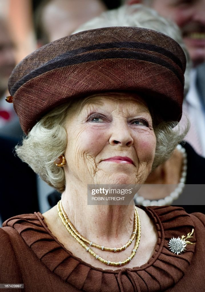Queen Beatrix of the Netherlands smiles as she attends a ceremony honoring the 100th anniversary of the Royal Dutch Mint in Utrecht, on June 22, 2011. AFP PHOTO/ANP ROYAL IMAGES ROBIN UTRECHT netherlands out - belgium out
