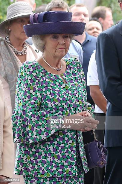 Queen Beatrix of the Netherlands watches on during a tour of the Van Kleef Centre which houses the NUS Aquatic Science centre on January 25 2013 in...