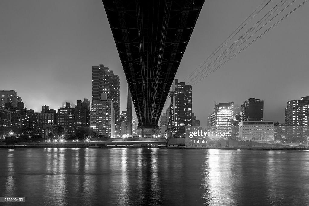 Rainha Ponte, horizonte de Nova Iorque : Foto de stock