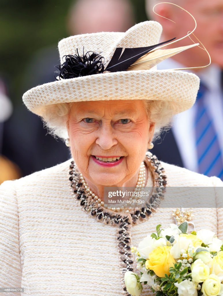 Queen <a gi-track='captionPersonalityLinkClicked' href=/galleries/search?phrase=Elizabeth+II&family=editorial&specificpeople=67226 ng-click='$event.stopPropagation()'>Elizabeth II</a> accompanied by Prince Philip, Duke of Edinburgh attends a service at Chelmsford Cathedral as part of the centenary celebrations of Chelmsford Diocese during day of engagements in Essex on May 6, 2014 in Chelmsford, England.