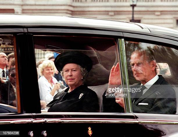 Queen Elizabeth II and her husband the Duke of Edinburgh arrive 05 September at Buckingham Palace in London to attend the funeral of Diana Princess...