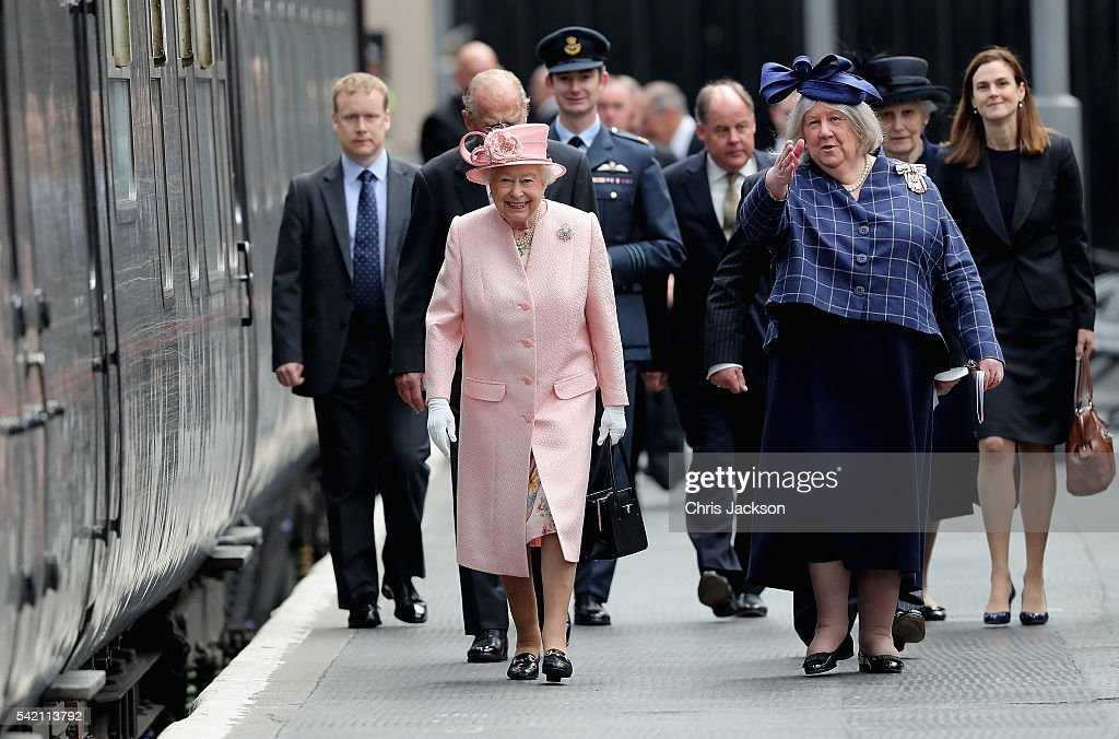 queen-elizabeth-ii-and-prince-philip-duke-of-edinburgh-arrive-at-picture-id542113792