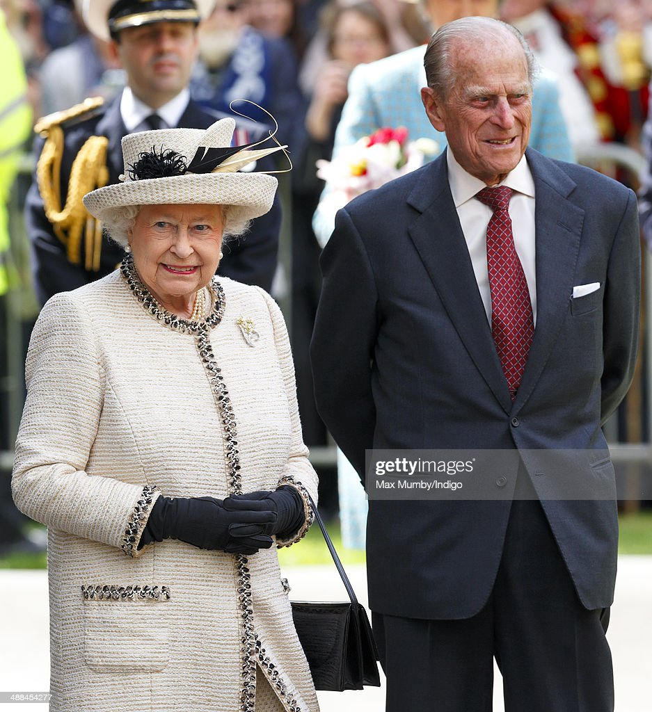 Queen <a gi-track='captionPersonalityLinkClicked' href=/galleries/search?phrase=Elizabeth+II&family=editorial&specificpeople=67226 ng-click='$event.stopPropagation()'>Elizabeth II</a> and <a gi-track='captionPersonalityLinkClicked' href=/galleries/search?phrase=Prince+Philip&family=editorial&specificpeople=92394 ng-click='$event.stopPropagation()'>Prince Philip</a>, Duke of Edinburgh attend a service at Chelmsford Cathedral as part of the centenary celebrations of Chelmsford Diocese during day of engagements in Essex on May 6, 2014 in Chelmsford, England.