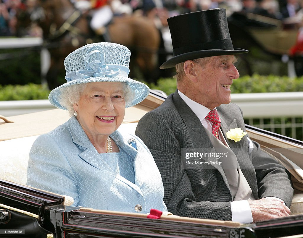 Queen <a gi-track='captionPersonalityLinkClicked' href=/galleries/search?phrase=Elizabeth+II&family=editorial&specificpeople=67226 ng-click='$event.stopPropagation()'>Elizabeth II</a> and <a gi-track='captionPersonalityLinkClicked' href=/galleries/search?phrase=Prince+Philip&family=editorial&specificpeople=92394 ng-click='$event.stopPropagation()'>Prince Philip</a>, Duke of Edinburgh attend day 1 of Royal Ascot at Ascot Racecourse on June 19, 2012 in Ascot, England.