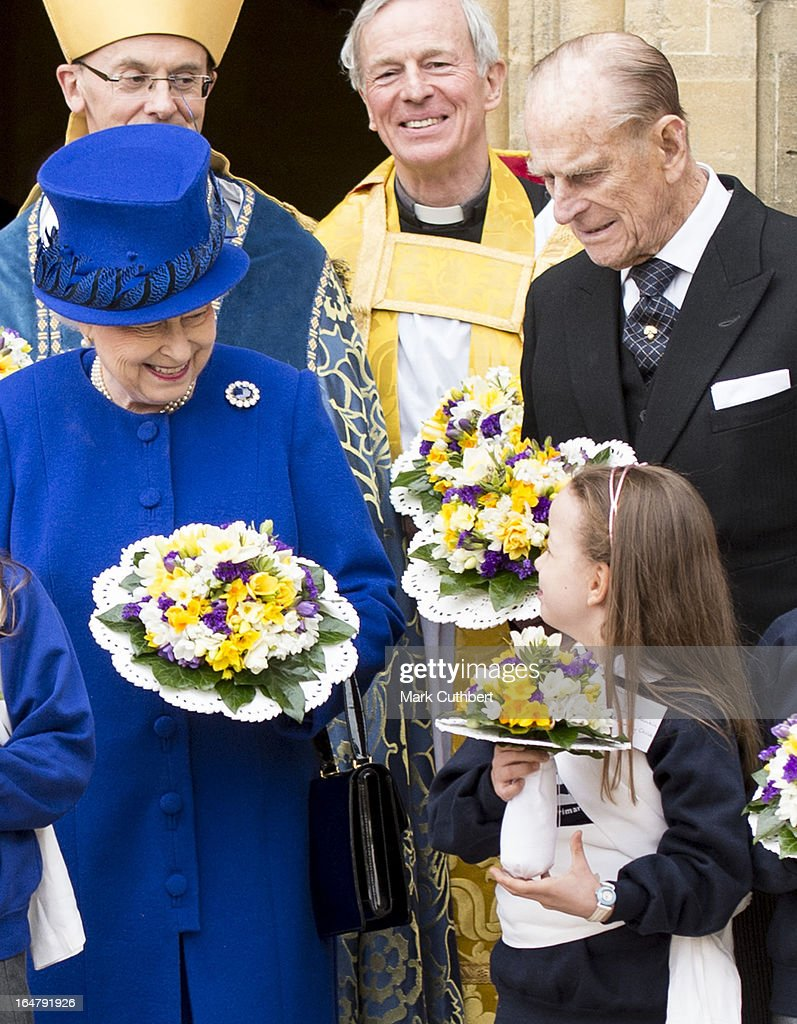 Queen <a gi-track='captionPersonalityLinkClicked' href=/galleries/search?phrase=Elizabeth+II&family=editorial&specificpeople=67226 ng-click='$event.stopPropagation()'>Elizabeth II</a> and <a gi-track='captionPersonalityLinkClicked' href=/galleries/search?phrase=Prince+Philip&family=editorial&specificpeople=92394 ng-click='$event.stopPropagation()'>Prince Philip</a>, Duke of Edinburgh leaving Christs Church Cathedral in Oxford after The Royal Maundy Service on March 28, 2013 in Oxford, England.