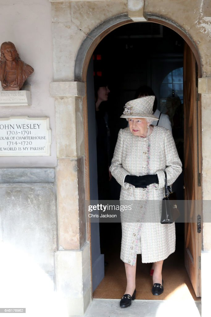 queen-elizabeth-ii-and-prince-philip-duke-of-edinburgh-open-a-new-at-picture-id646176962